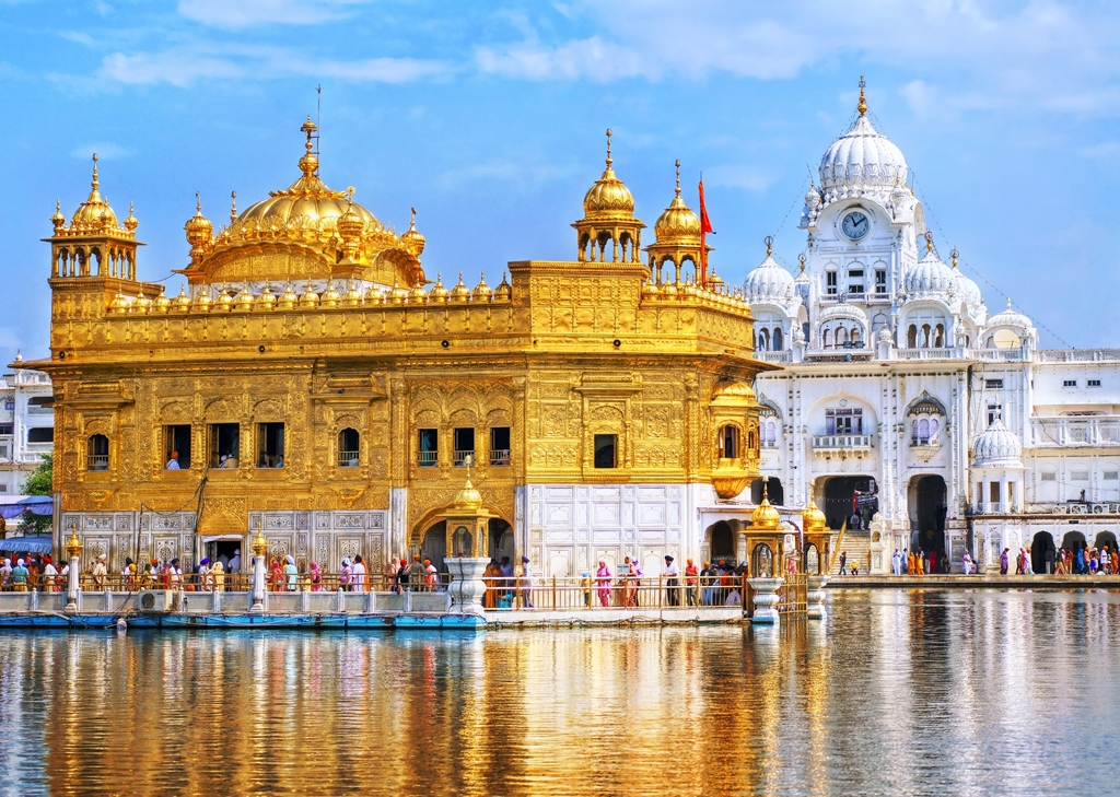 Best Pilgrimage Sites & Travel Destinations in India