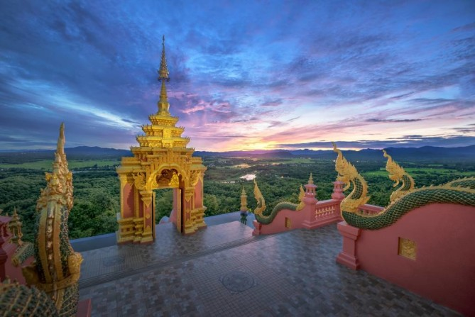 wat phra that doi phra chan lampang travel guide
