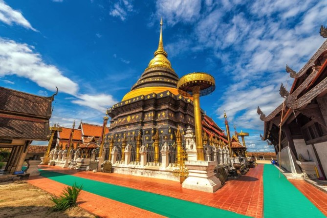 wat phra that lampang luang lampang travel guide