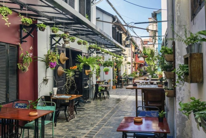 Pub Street - Siem Reap Travel Guide