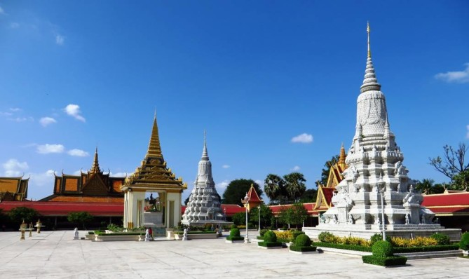 Silver Pagoda Phnom Penh Travel Guide