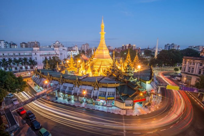 Sule Pagoda yangon travel guide