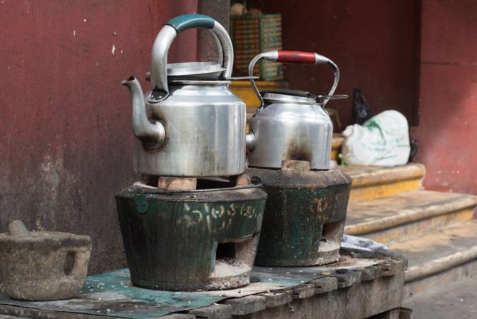 Tea Shops by Roadside - Yangon Travel Guide
