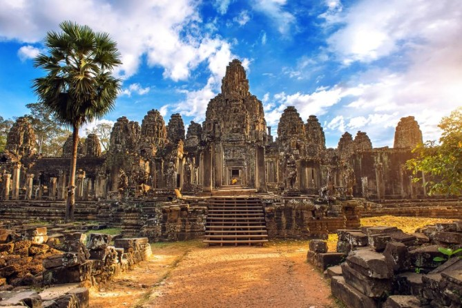 Temples of Angkor Wat siem reap travel guide