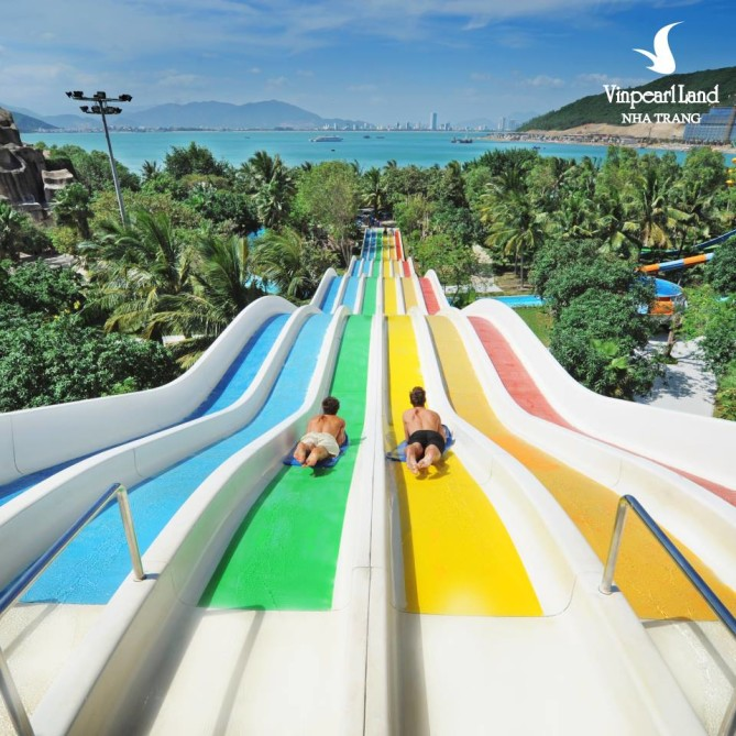 Water slides in Vinpearl