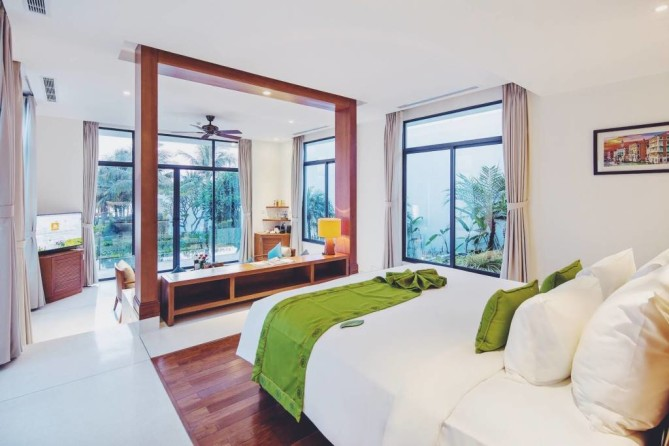 Cam Ranh Riviera Beach Resort & Spa 2
